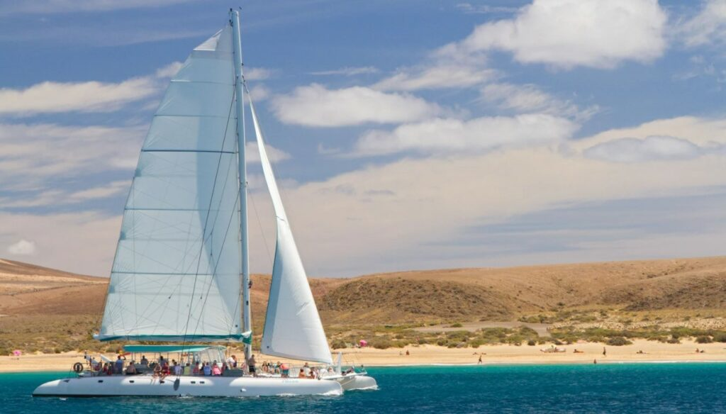 Lanzarote catamaran tour - Papagayo
